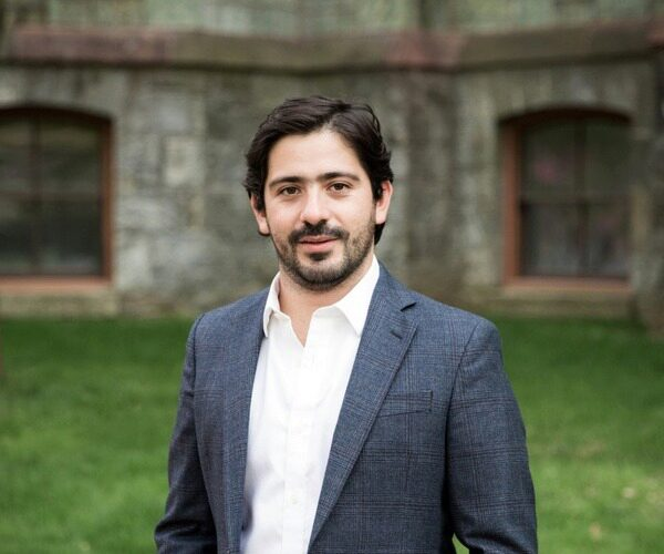 Bernardo Garcia headshot